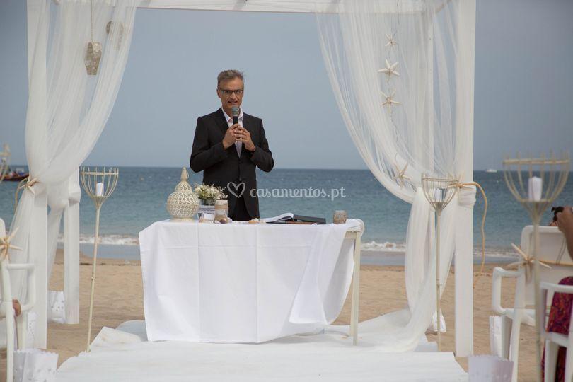Mariano S. Sarno - Celebrante