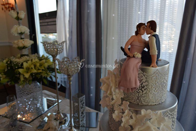 Decoração da mesa do bolo