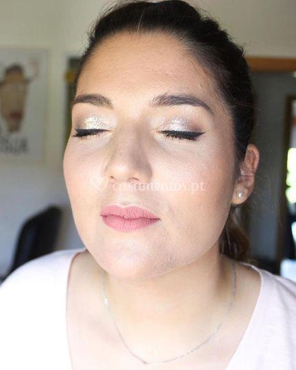 Maquilhagem noiva com glitter