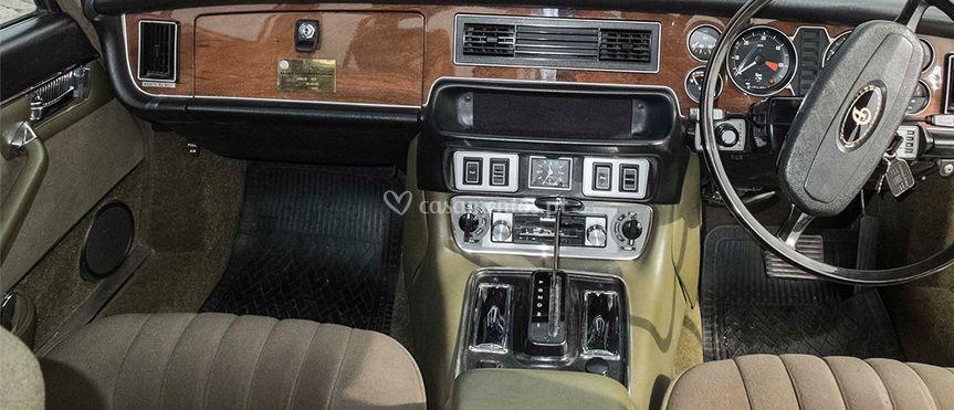 Daimler - 1976
