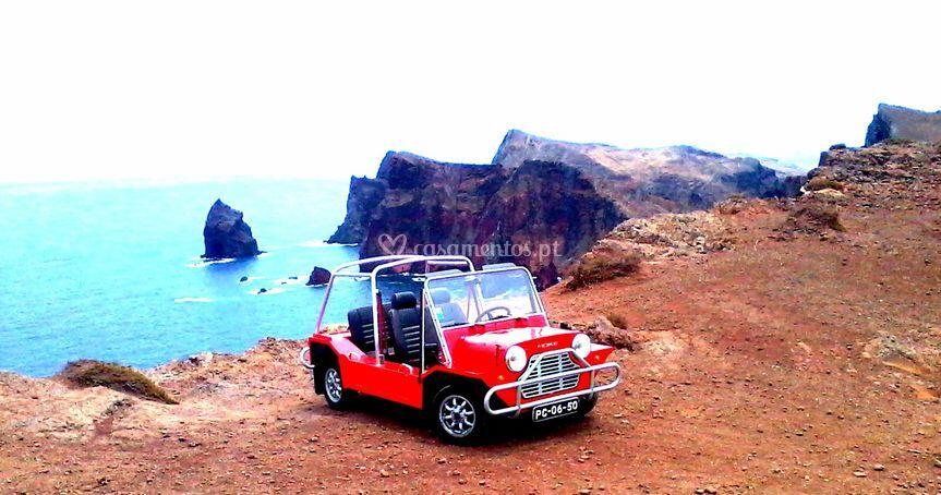 Mini Moke vermelho