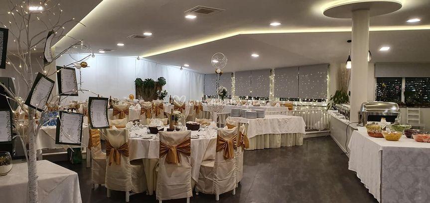 Sala festa dourado