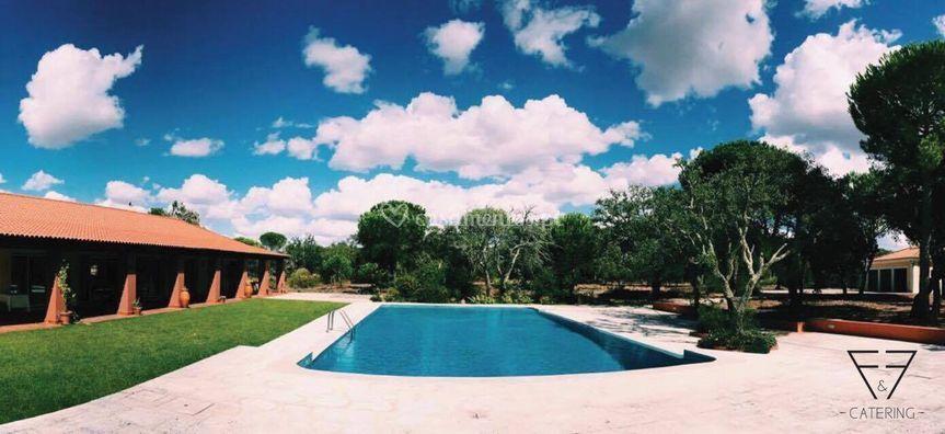 Zona de jantar & festa piscina