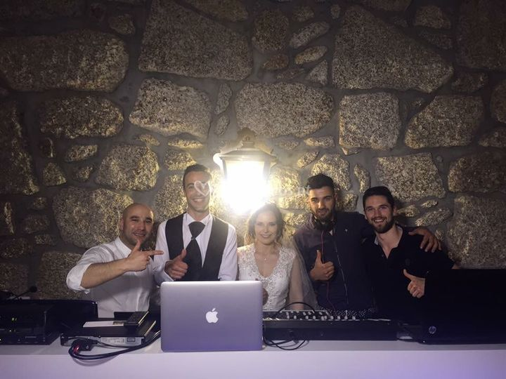 Staff e os noivos