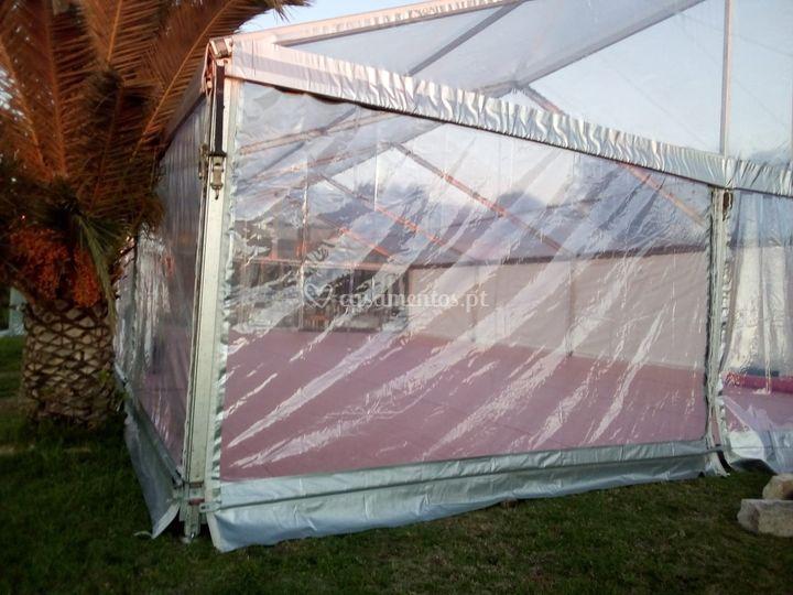 Tenda transparente