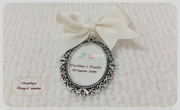 Medalha ramo da noiva