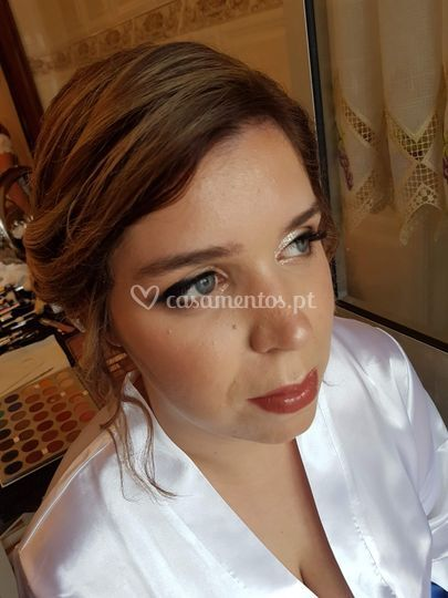 Virgília Martins Makeup e Beauty