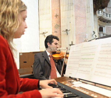 Órgão e violino - MusiCasamentos