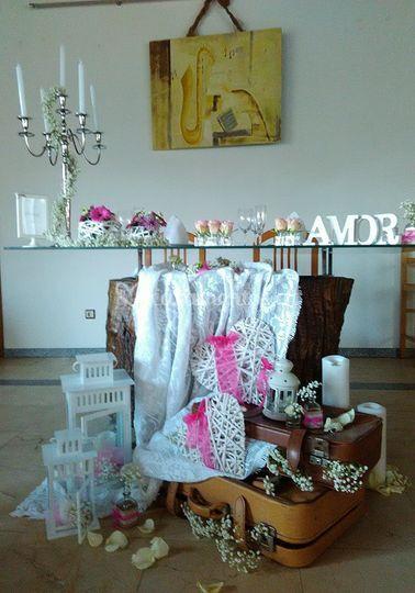 Mesa de noivos branco e rosa