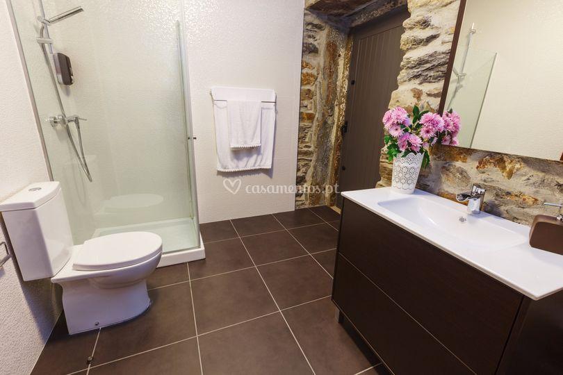 WC suite Dourada