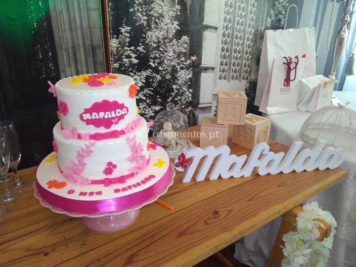 O bolo do baptizado da Mafalda