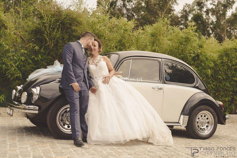 Sessão noivos com carro