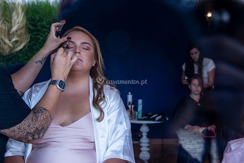 Laura Lucaz Makeup