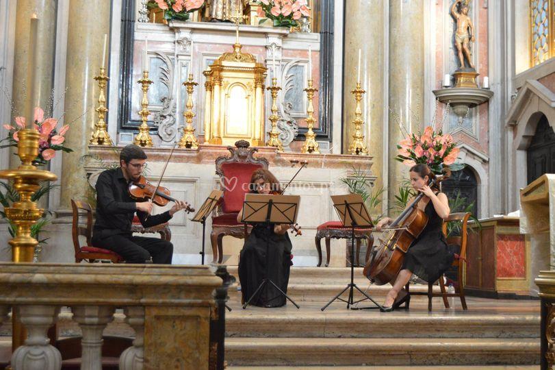 Quarteto Opus 28 - versão trio