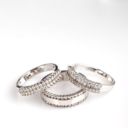 Anéis ouro branco e diamantes
