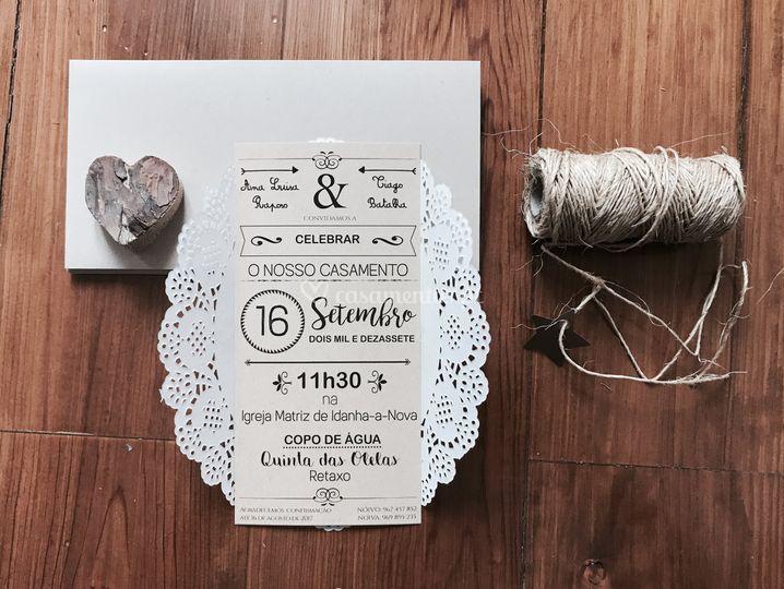 Convite rústico com renda