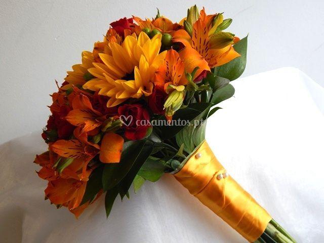 Bouquet com girassóis.