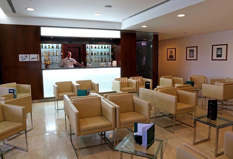 O Bar com esplanada