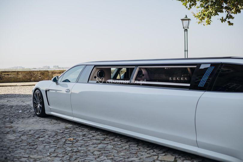 Limousine porsche panamera