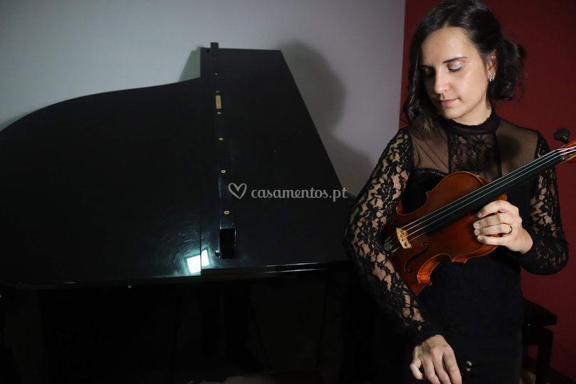 Ana Raquel Almeida