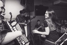 Yvette Band
