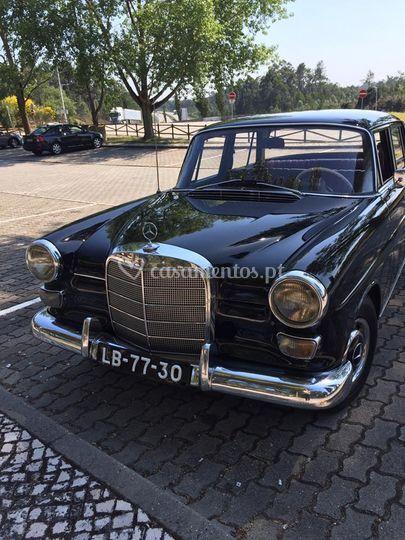 Mercedes w 110 1966