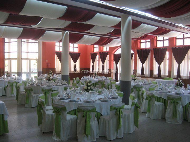 Salão frente verde