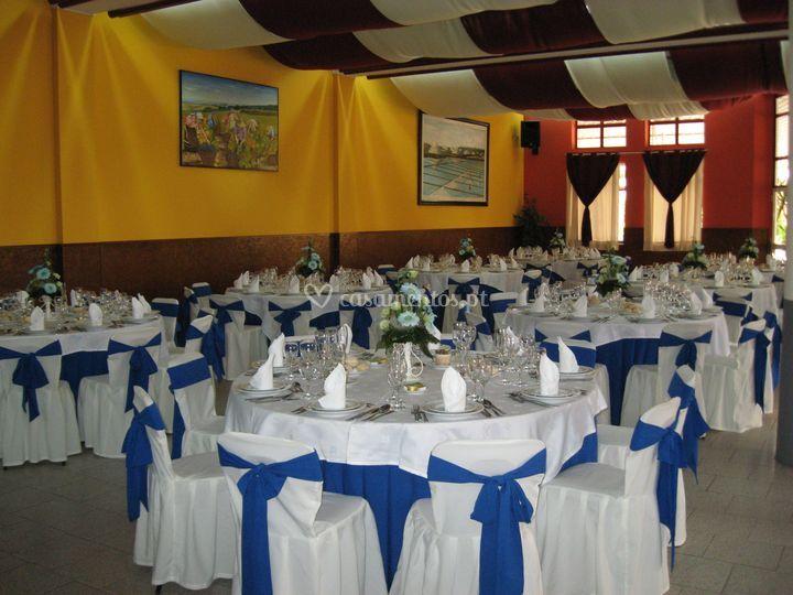 Salão frente azul