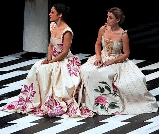 Vestidos para peça de teatro