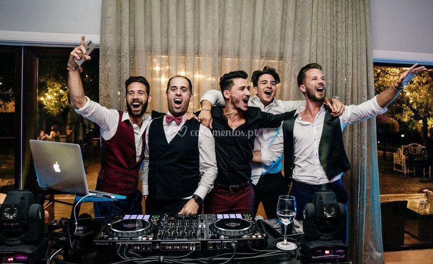 DJ e convidados