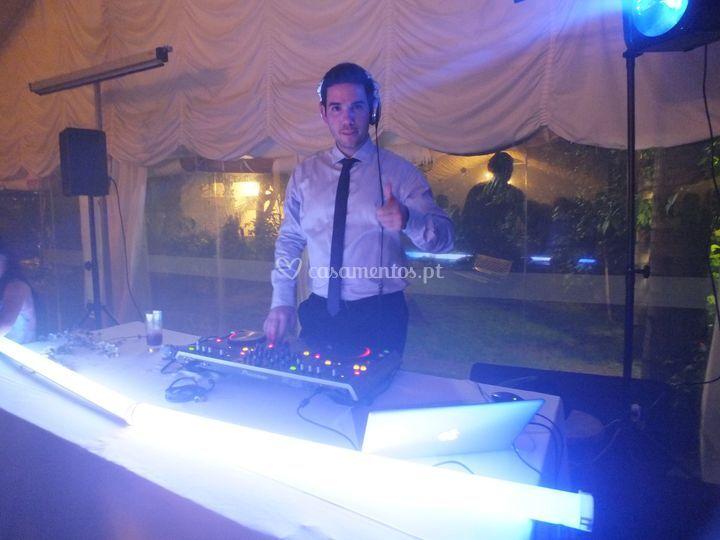 DJ Daniel Caires (um dos djs)