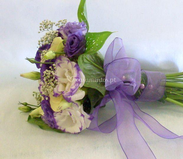 Bouquet Branco e Lilás/Roxo