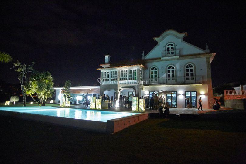 Palacete - Fachada - Noite