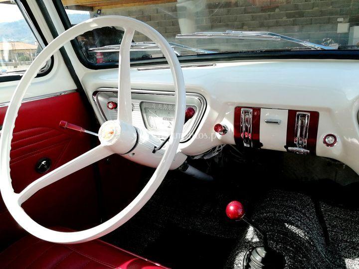 Ford Anglia Delux 105E