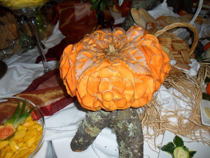 Mesa de Frutas e doces