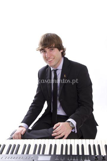 Piano: Hugo Duarte