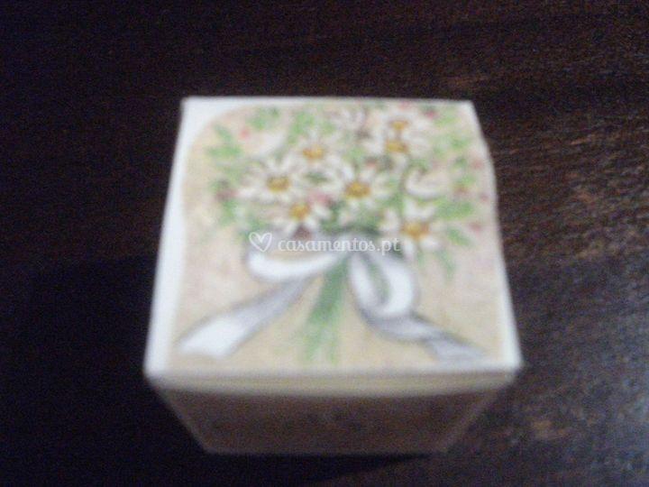 Caixa cubo flores