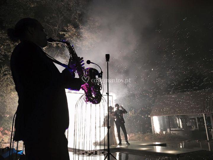 Sax player performance