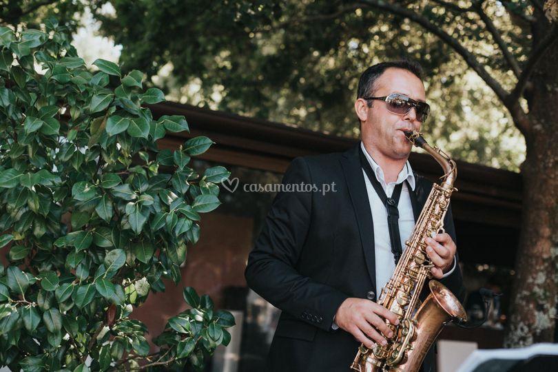 Sax player music beats
