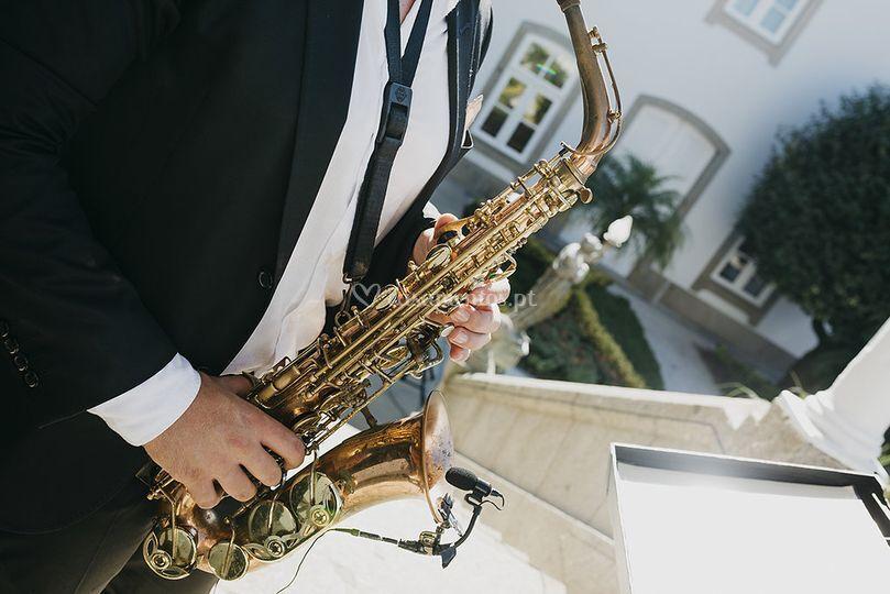 Sax instrument
