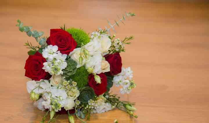 Bouquet bordo