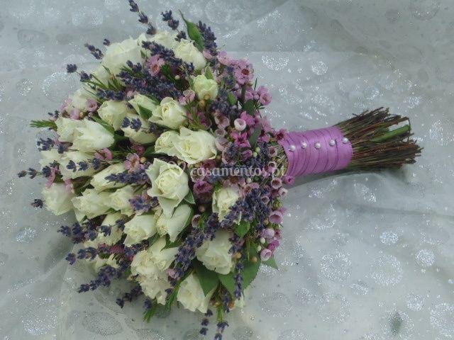Bouquet noiva com lavanda