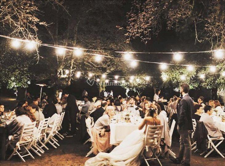 Casamento ao ar livre/noite