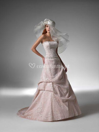 Vestido de noiva com veú
