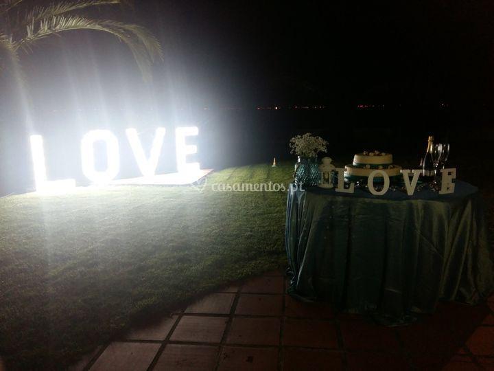 Cerimónia do bolo de noivos