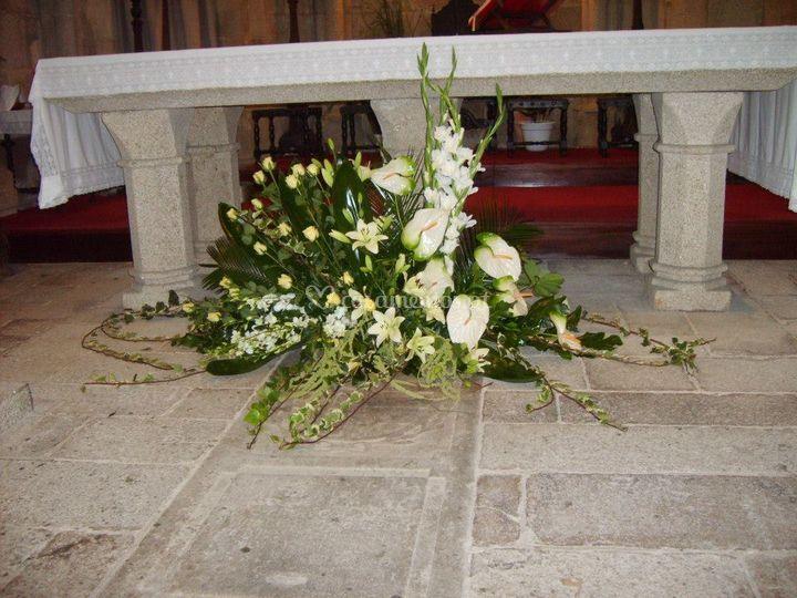 Decoração igreja mesa do altar