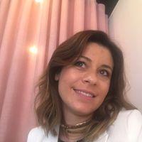 Dora Guimarães