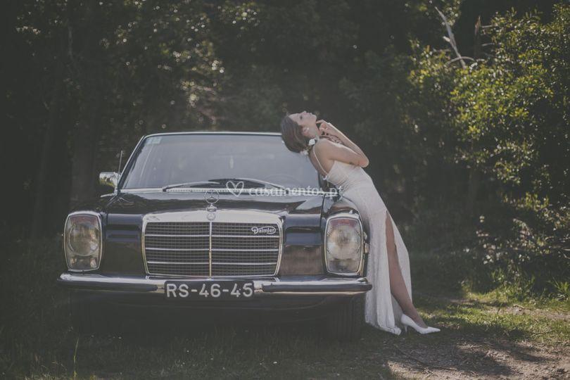 Mercedes europeu com noiva