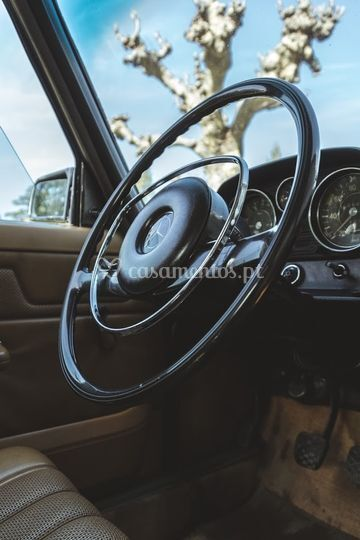 Mercedes 240D W115 Volante
