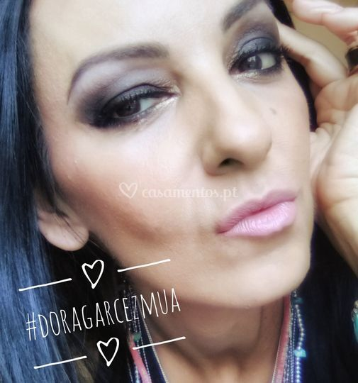 Dora Garcez - Makeup artist